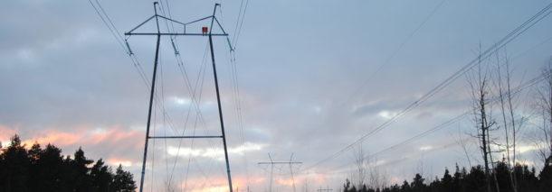 2/2014 Tutkimuksia on tehty sähkö- ja magneettikenttien terveysvaikutuksista jo kymmeniä vuosia